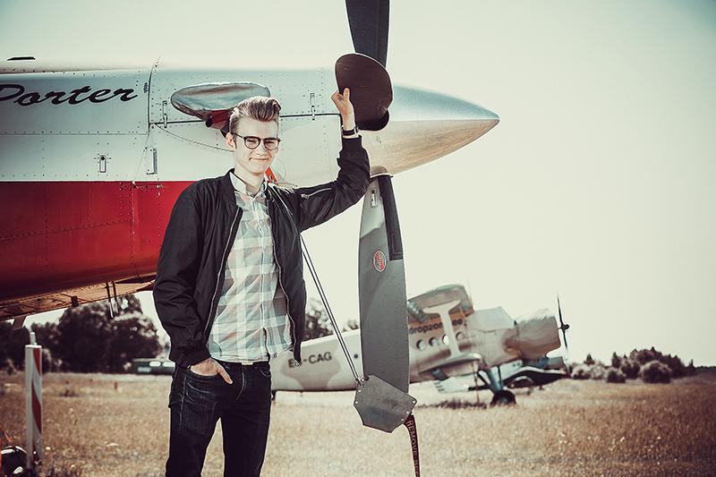 Patrik Sebastian Unt  unistab kõrgelt lendamisest